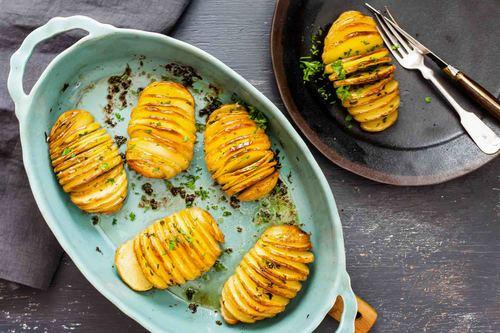 Crispy hasselback potatoes recipe simplyrecipes.com