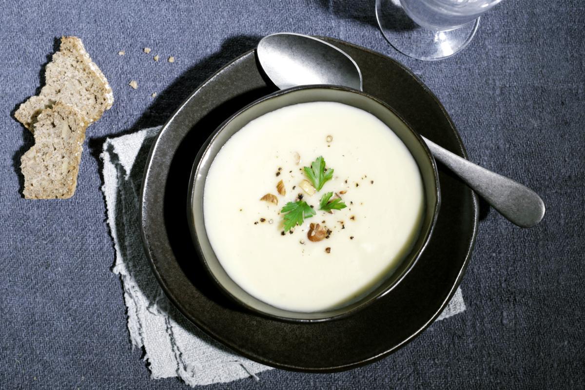 Rezept: Topinambur-Pastinaken-Suppe | NZZ Bellevue