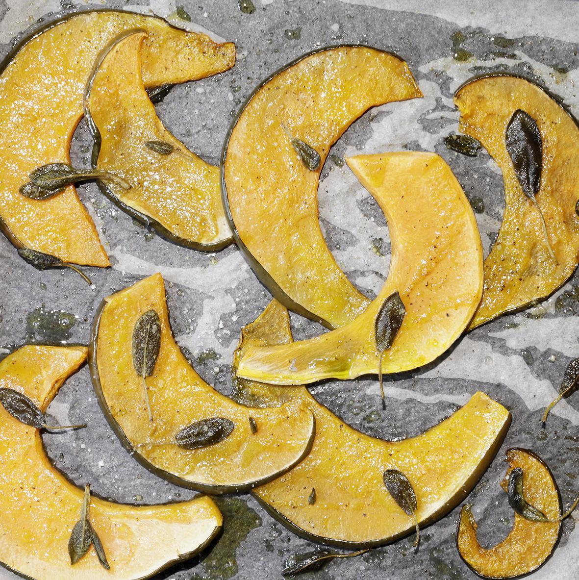 Rezept: Kürbisschnitze aus dem Ofen | NZZ Bellevue