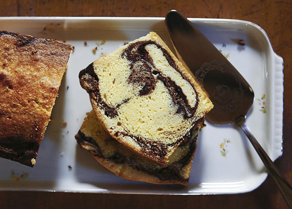 Rezept: Marmor-Kuchen mit Crème anglaise | NZZ Bellevue