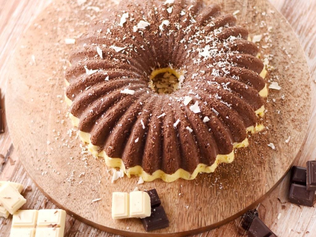 Marquise glacée au chocolat noir et aux amandes