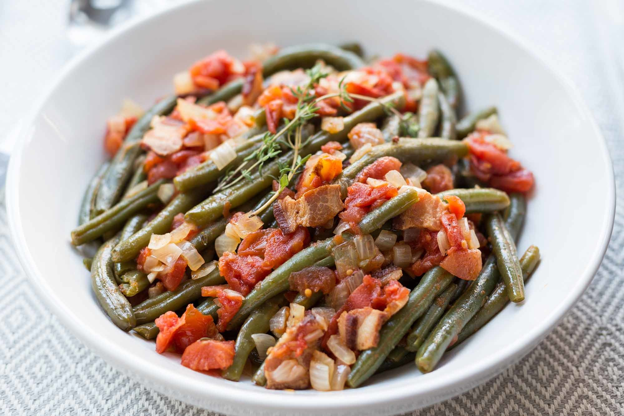 Pressure Cooker Green Beans with Tomatoes and Bacon Recipe | SimplyRecipes.com