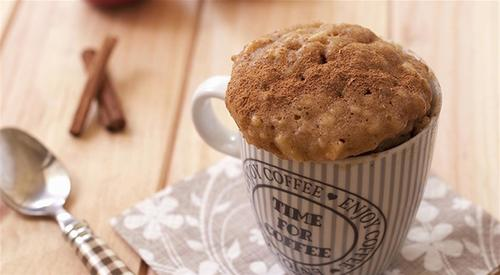 Apple cinnamon mugcake