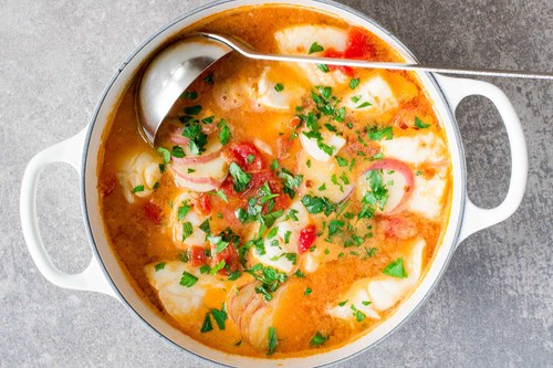 Fish stew with ginger and tomatoes recipe simplyrecipes.com