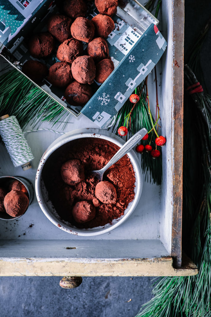 Ein Rezept für Minz-Schokoladentrüffel: ein schokoladiges Küchengeschenk | Zucker, Zimt und Liebe