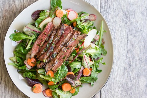 Steak salad with miso vinaigrette recipe simplyrecipes.com