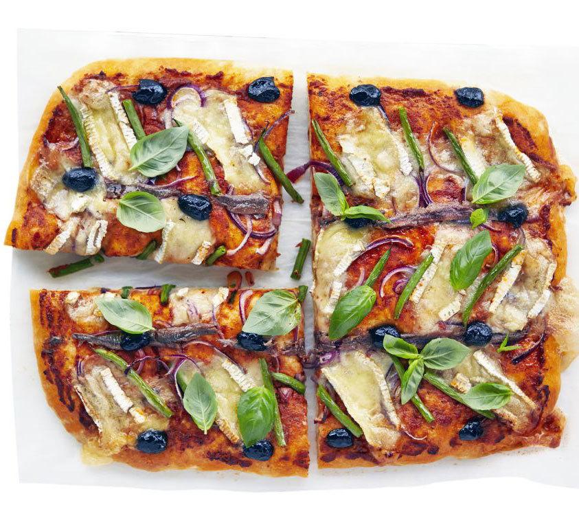 Niçoise-style pizza | BBC Good Food