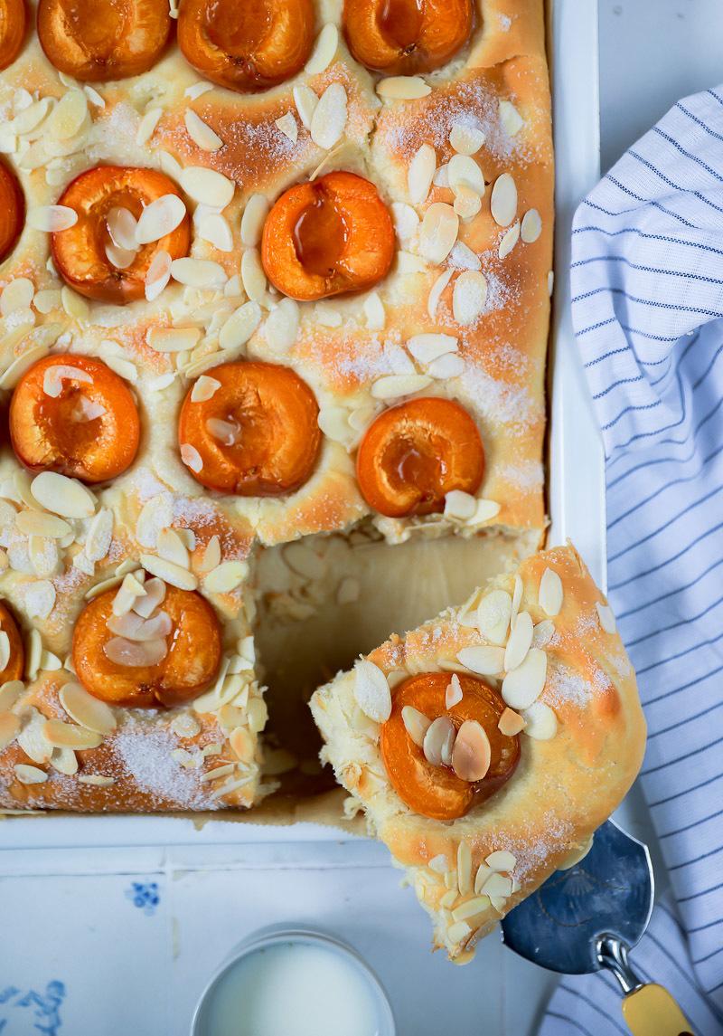 Butterkuchen Rezept mit Aprikosen | Zucker, Zimt und Liebe