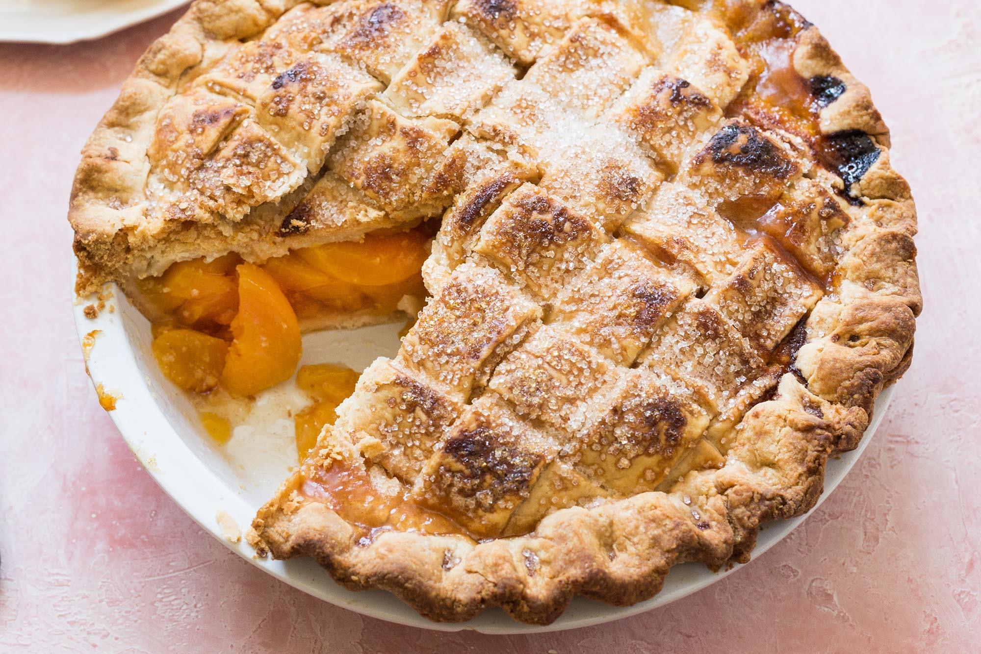 Old-Fashioned Peach Pie Recipe | SimplyRecipes.com
