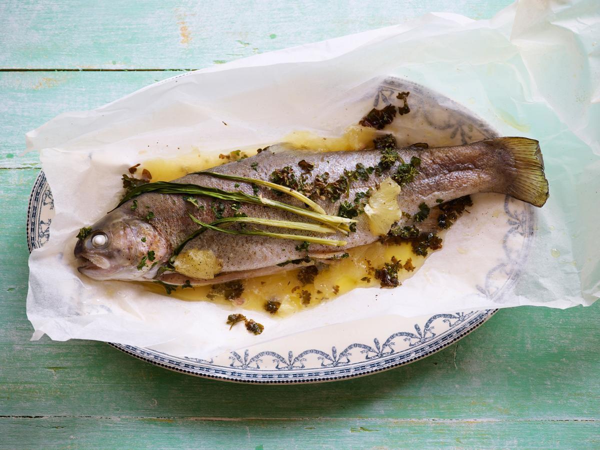 Rezepte: Forelle aus dem Ofen | NZZ Bellevue