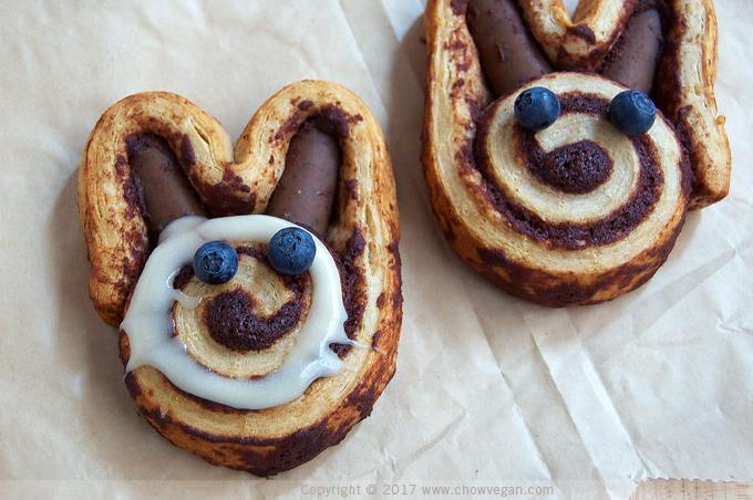 Cinnamon Roll Bunny - Chow Vegan
