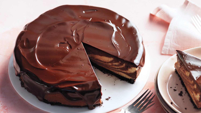 Chocolate-Peanut Butter Cheesecake with Chocolate Glaze