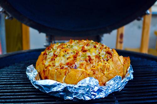 Cheesy pull apart taco bread grillinfools