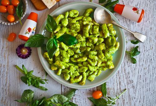 Fluffy light gnocchi with pistachio almond pesto