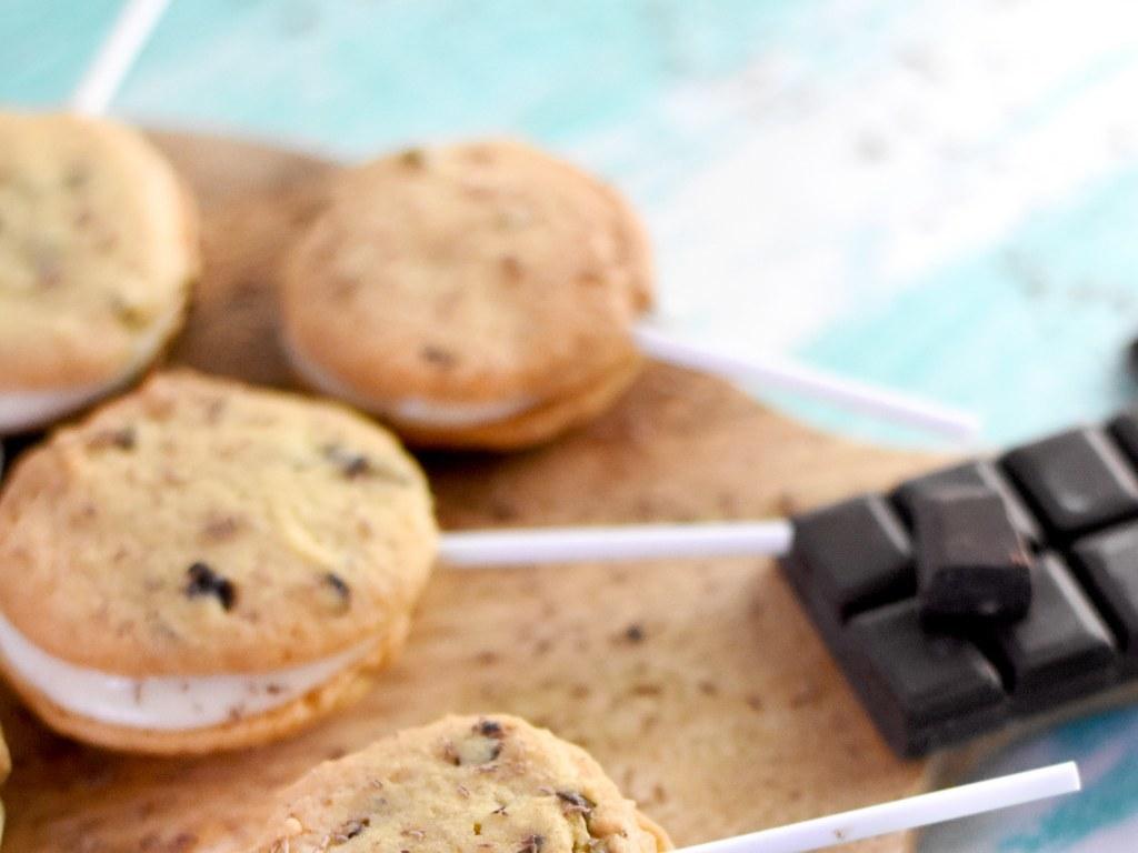Sucettes double cookie crème vanille