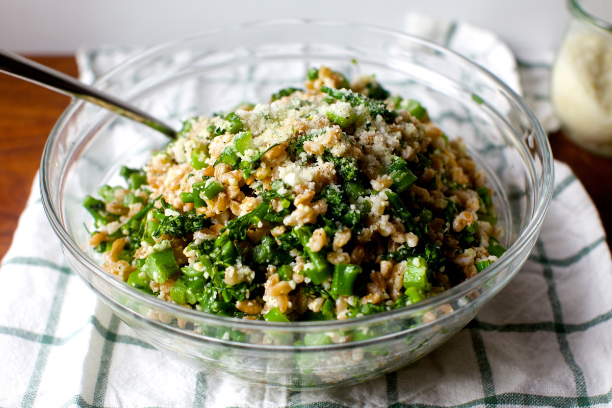 broccoli rubble farro salad