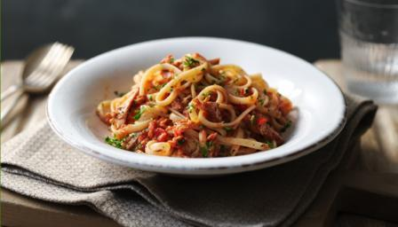 BBC Food - Recipes - Tuna pasta sauce with linguine
