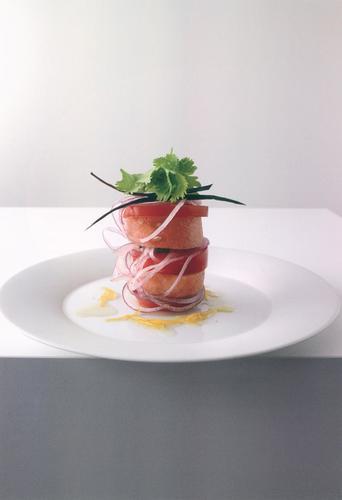Rezept tomaten wassermelonen salat mit zitronen vanille dressing nzz bellevue